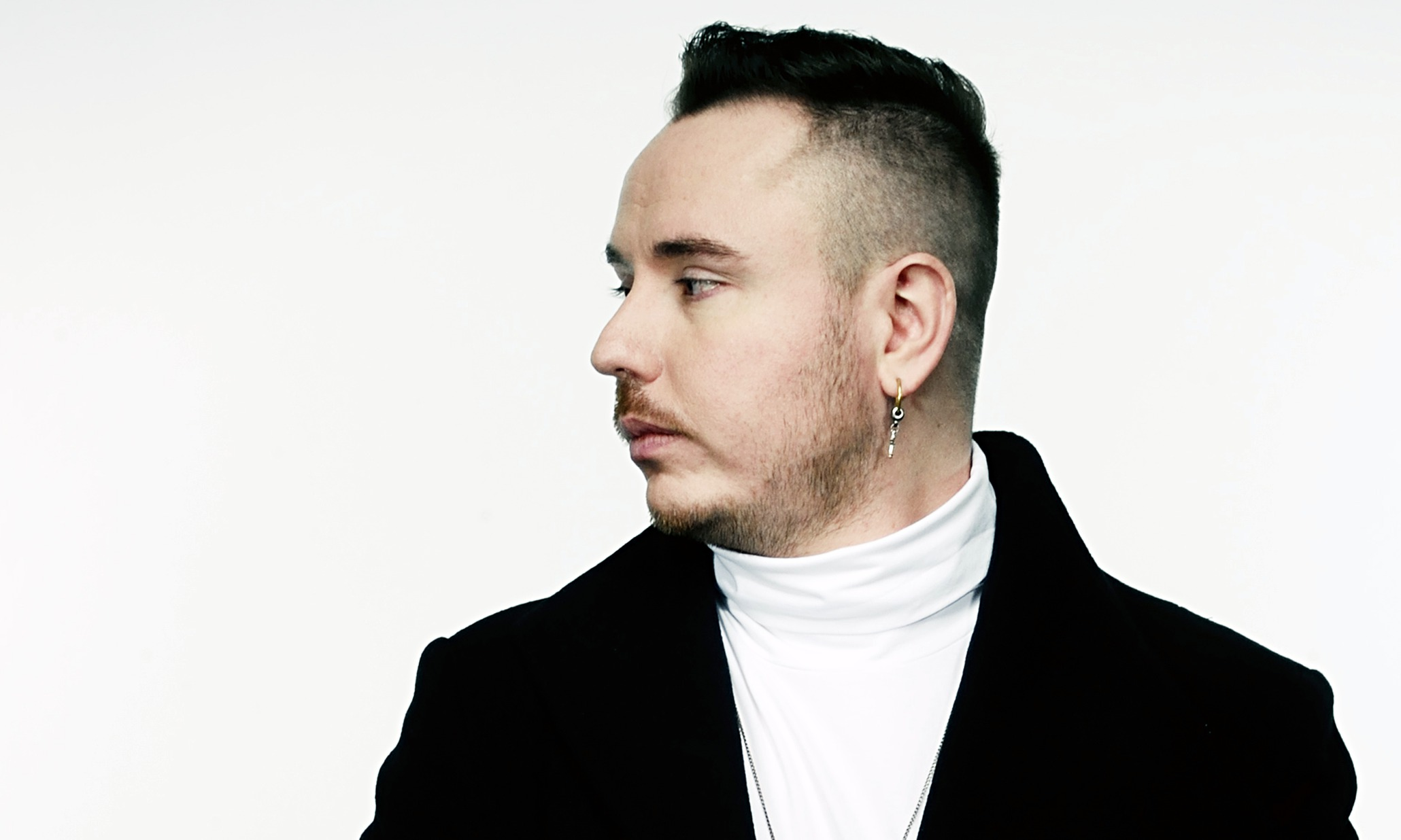 Duke Dumont earned a  million dollar salary - leaving the net worth at 3 million in 2018