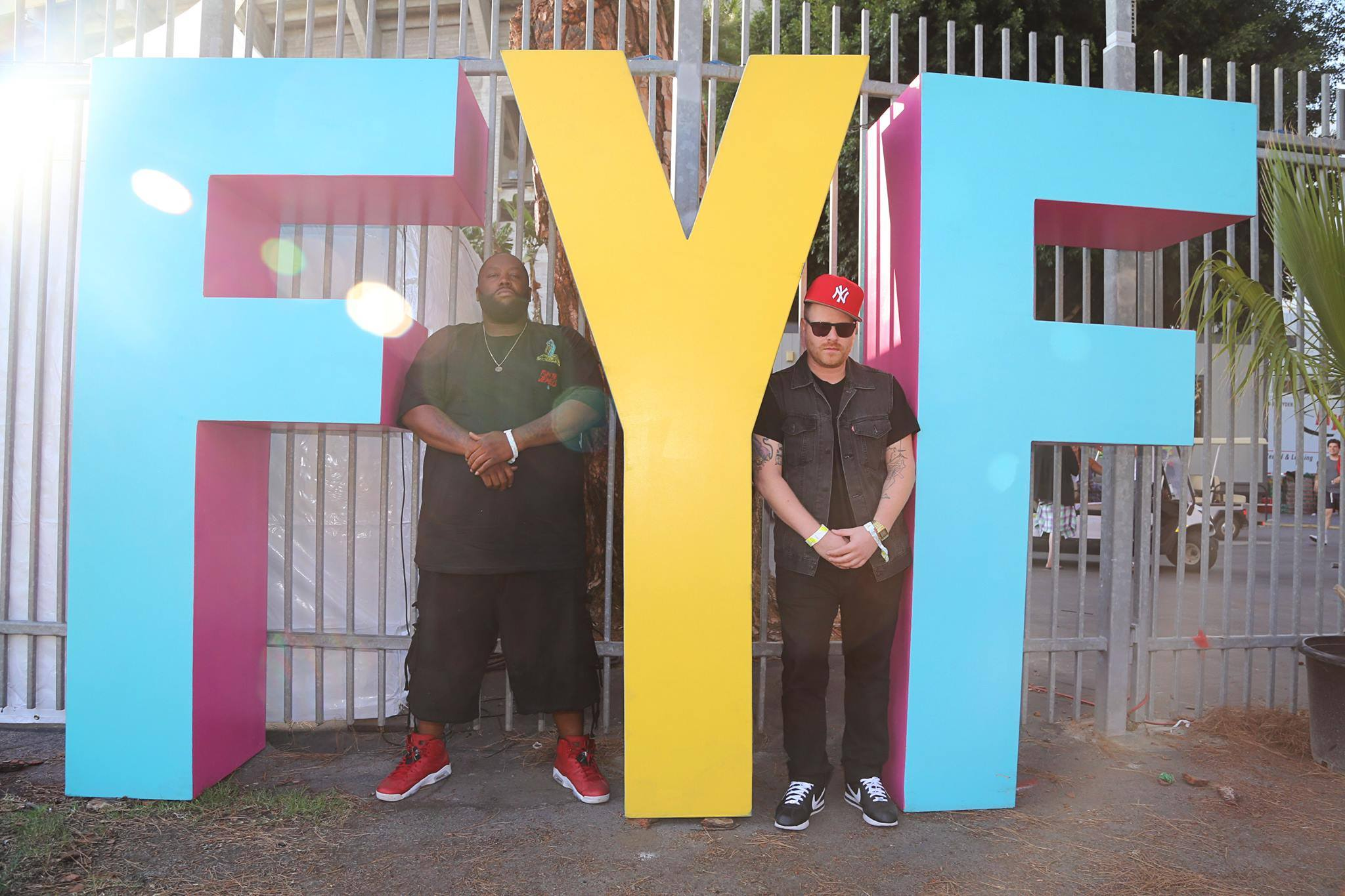 fyf map with Fyf Fest 2017 Release Set Times Get Ready Run Around Stage Stage on Nike Zoom Hyperdunk 2011 Blackout together with 185107199 additionally Coachella 2017 Beautiful People Ugly in addition Wolfmother 7 13 41 moreover Kal213s Survival Maps 1 4 7 1 5 2 Skyblock Lava Survival.