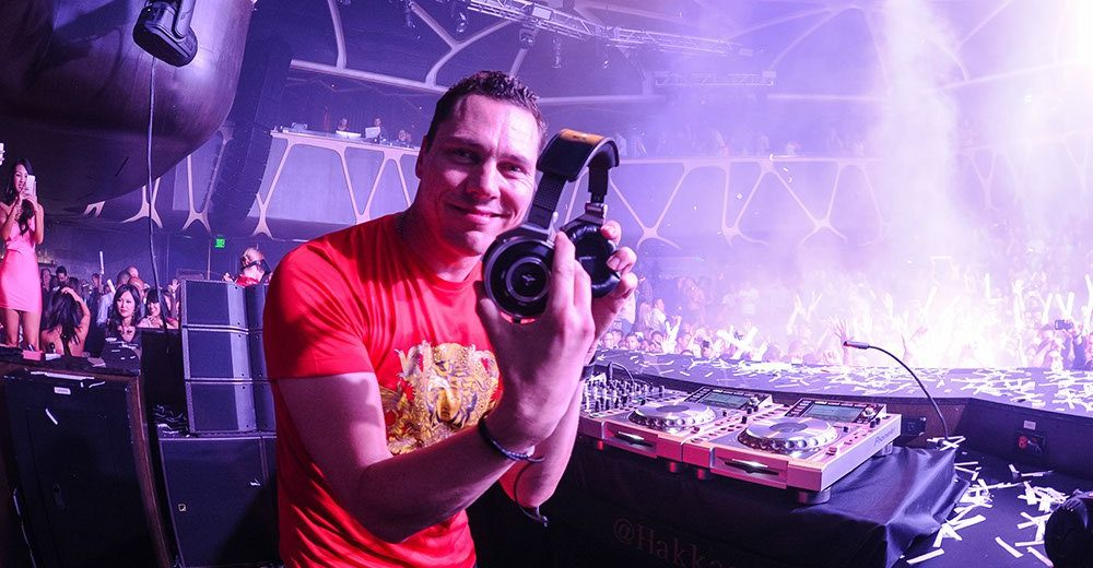 Tiësto Given The Key to the Las Vegas Strip, Honored with