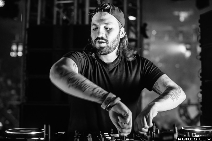 "Steve Angello's Most Loyal Fans Have a Chance at a ""Lifetime Pass"""